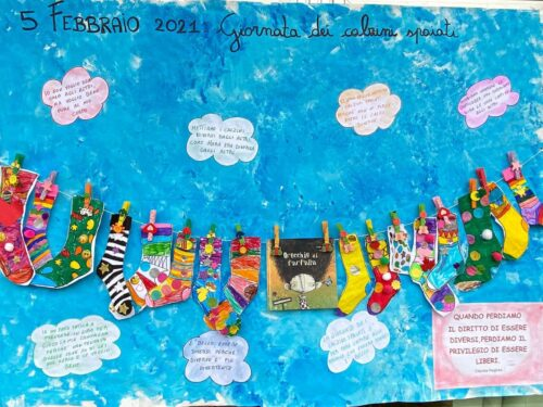 LA GIORNATA DEI CALZINI SPAIATI: educare alla diversità